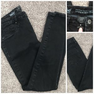 Mossimo, Mid-Rise black denim jeggings
